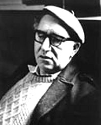 the essential patrick kavanagh essay Comparative poetry essay: both in memory of my mother by patrick kavanagh and for my mother by elizabeth jennings are about the patrick kavanagh is an.